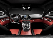 Mercedes'in yeni sporcu Arabası AMG GT